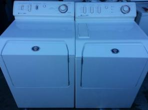 Maytag Frontload Washer/Dryer Set - Can Deliver